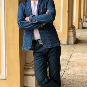 Как выбрать джинсовый мужской пиджак и с чем его носить?
